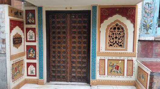 delhi-door