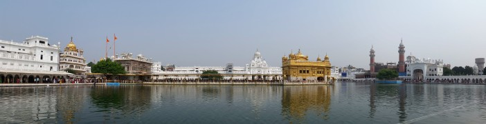golden-temple-panorama